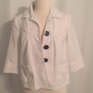 3/4 white jacket